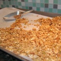 granola cereal2 210x210 - Granola Bars / Cereal (the perfect substitute for all those boxed cereals)