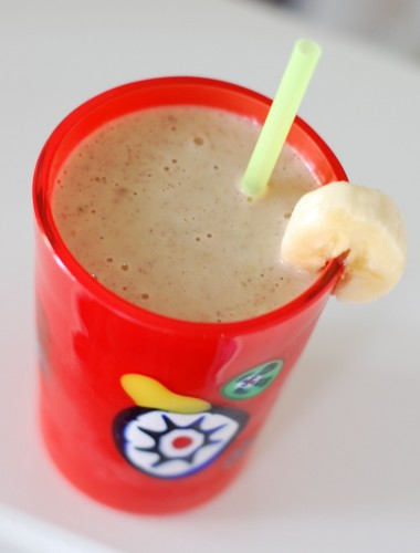 Recipe: Peanut Butter Banana Smoothie from 100 Days of Real Food