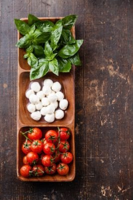 caprese pasta salad ingredients