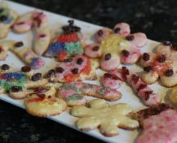 Natural Food Dyes for Holiday Cookies