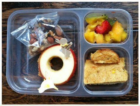 apple sandwich with cornbread
