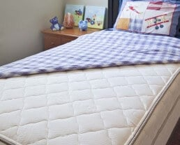 Pure Echo Mattress with Organic Cotton and Natural Wool by My Green Mattress