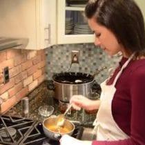 Video: How to Make Homemade Gravy in 3 Easy Steps!