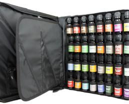 32-oil-set-in-case-2