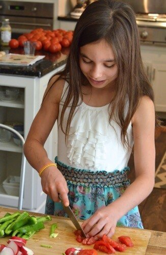 Kids Cook: A Summer Activity (and Beyond!) on 100 Days of #RealFood