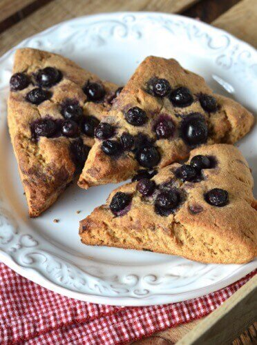 4th of July Recipe Roundup (Blueberry Scones) on 100 Days of #RealFood