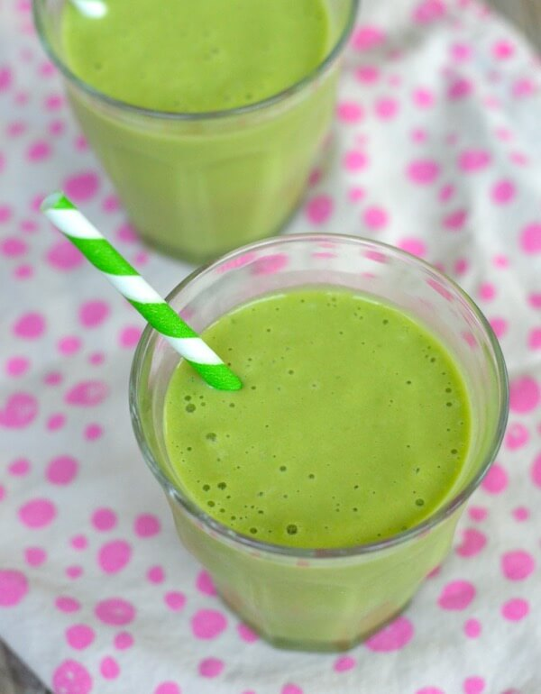 Peachy Pineapple Green Smoothie Recipe on 100 Days of #RealFood