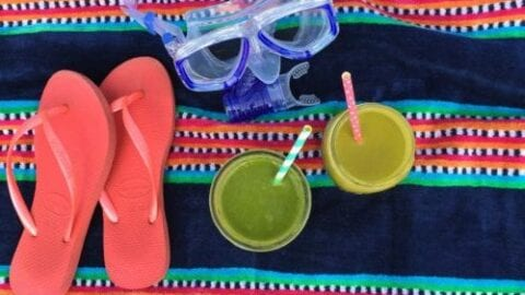 How to Stay Healthy When Traveling: Green Smoothies on the Go