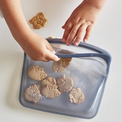 stasher reusable silicone bag 400x400 - 100% Plastic-Free Food Storage Bag for $1