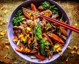 Chicken Nectarine Stir-Fry