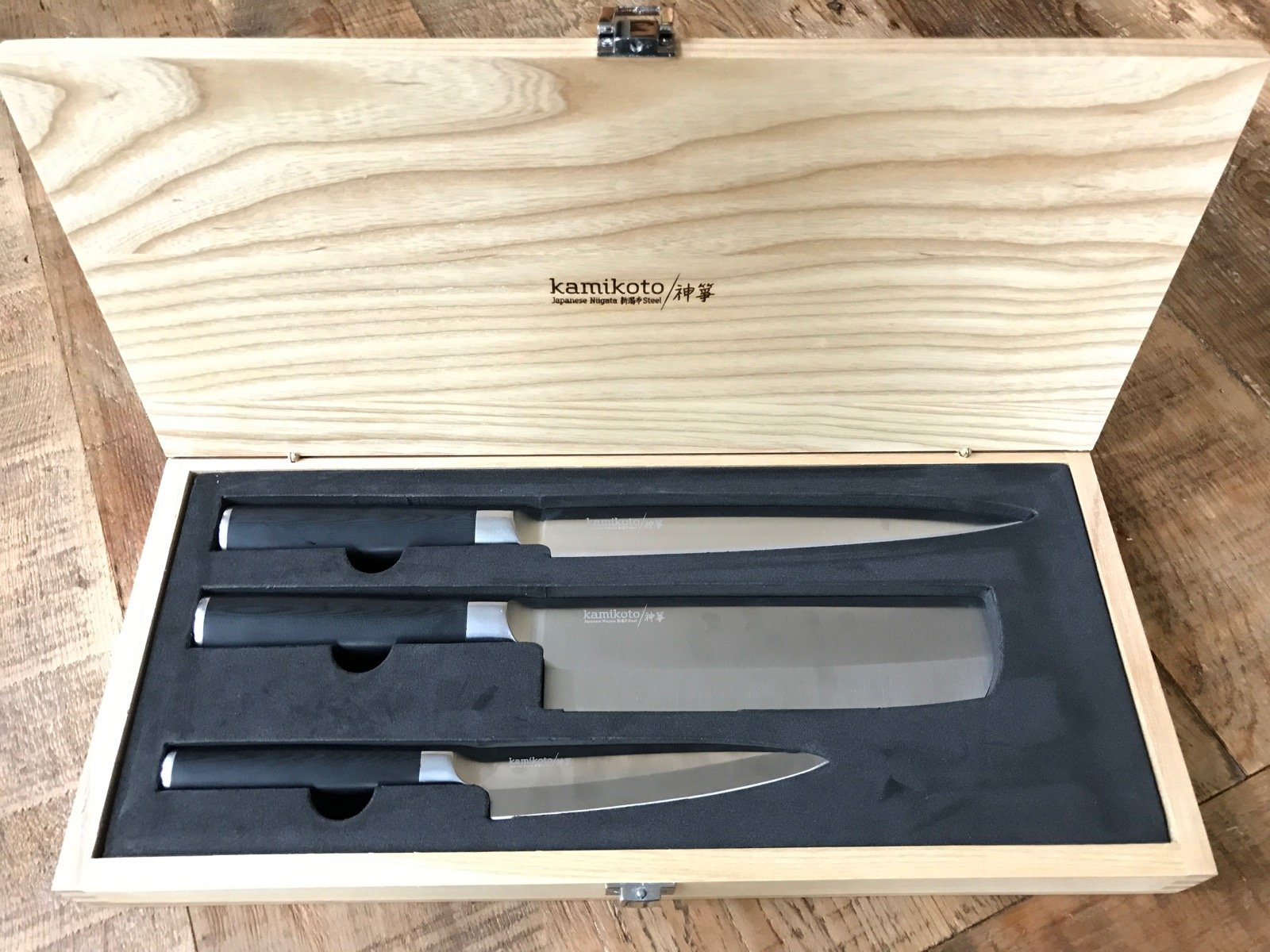 High End Kamikoto Knife Set Giveaway on 100 Days of Real Food