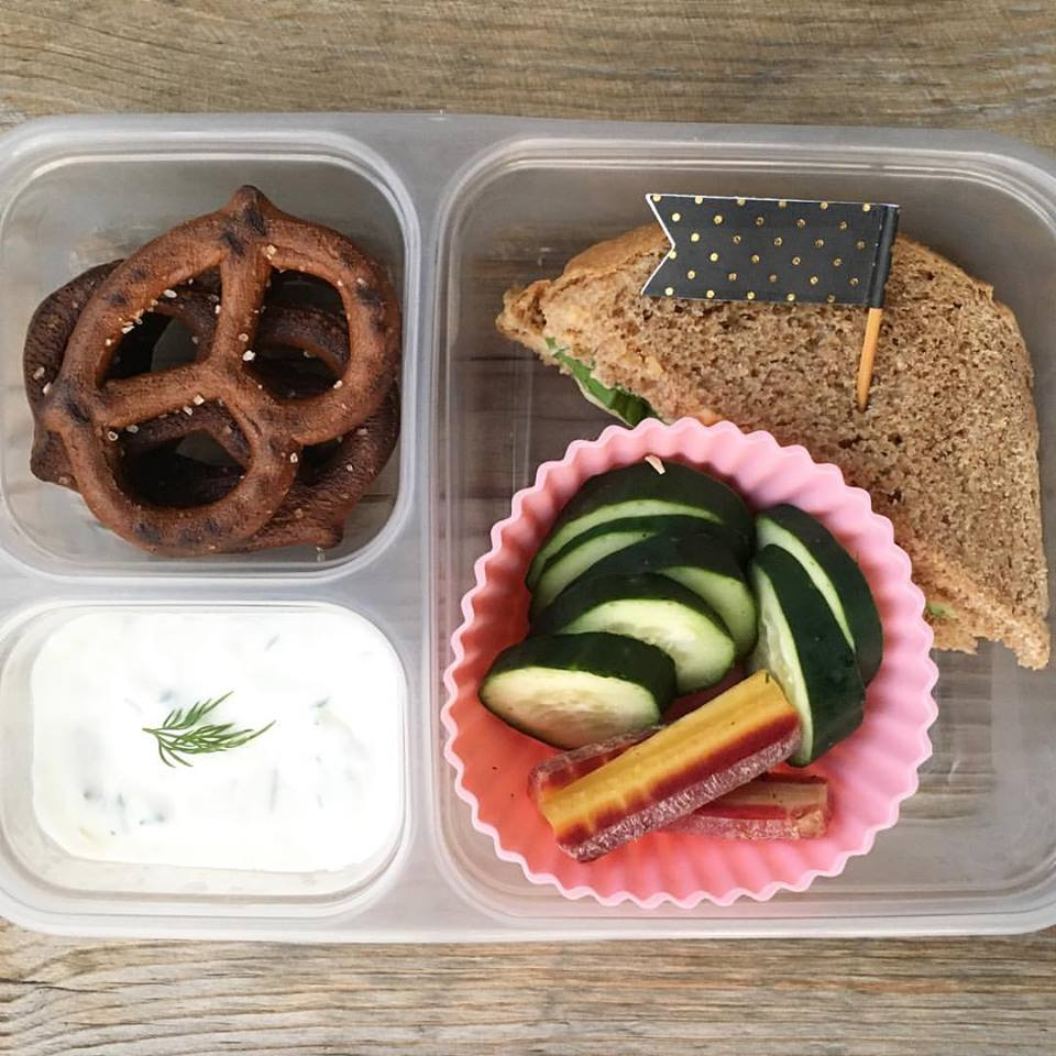 School Lunch Roundup 11 on 100 Days of Real Food