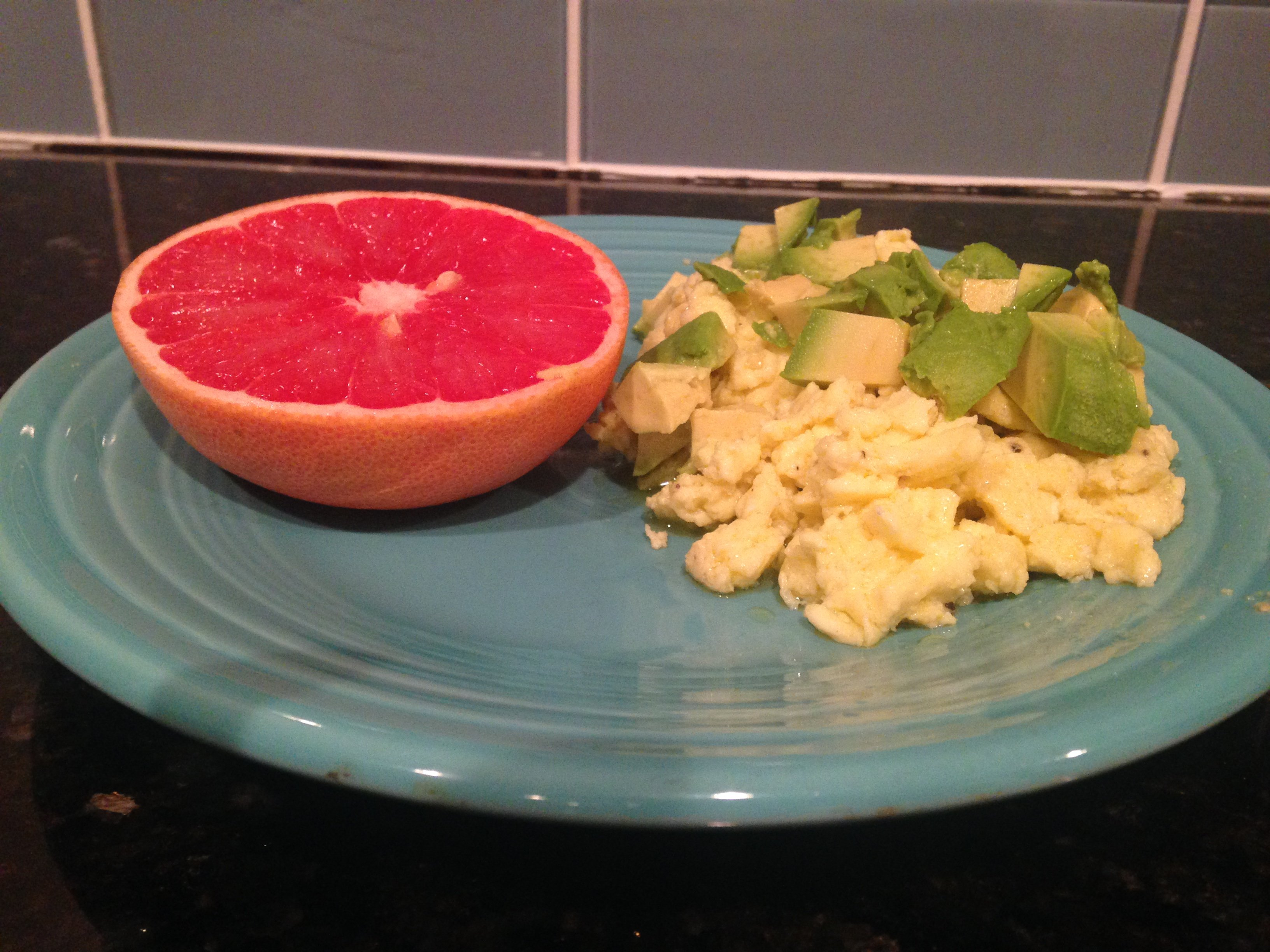 Ricotta Scrambled eggs with avocado, grapefruit