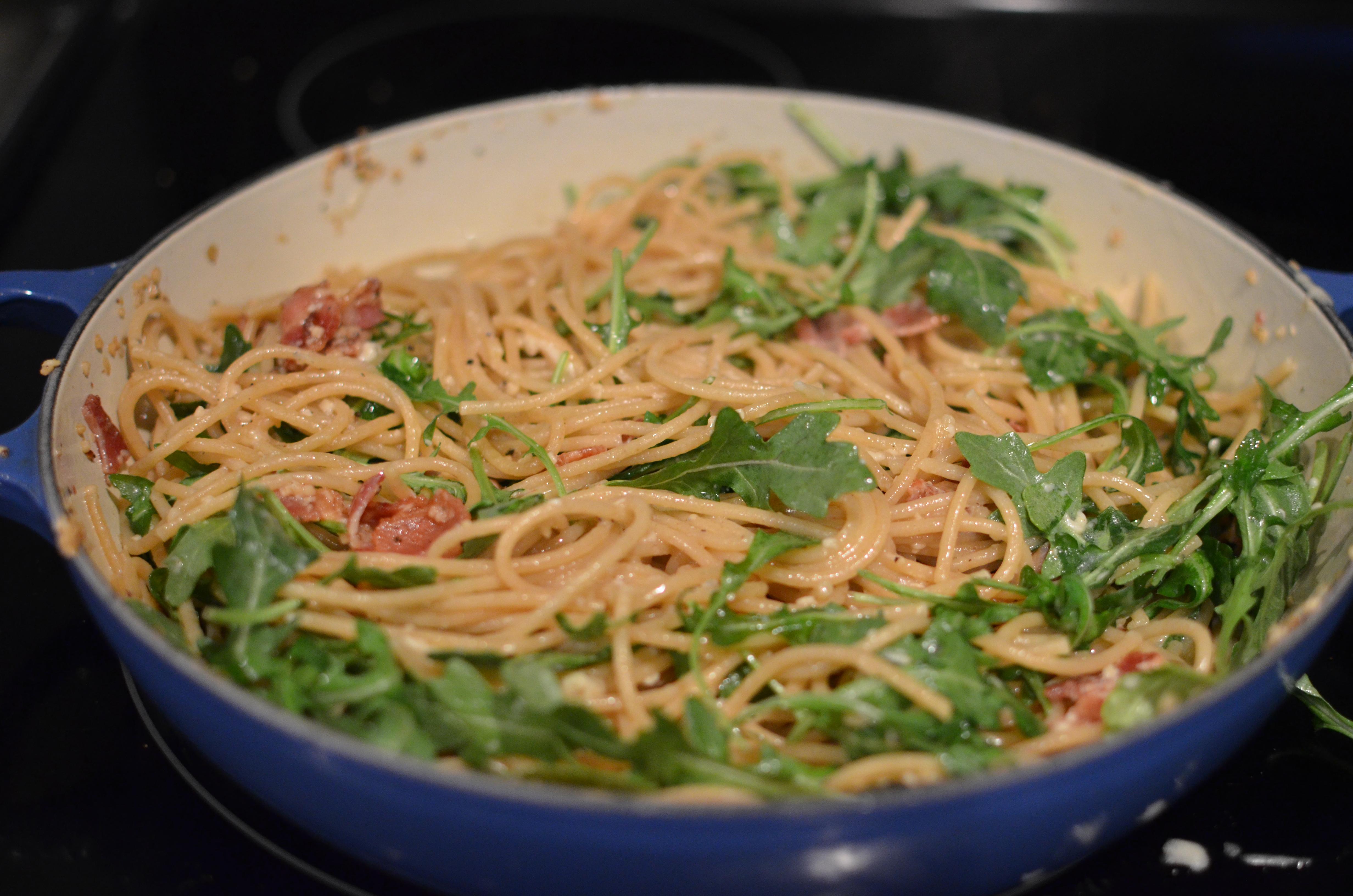 Whole wheat Spaghetti Cacio and a salad with red onion