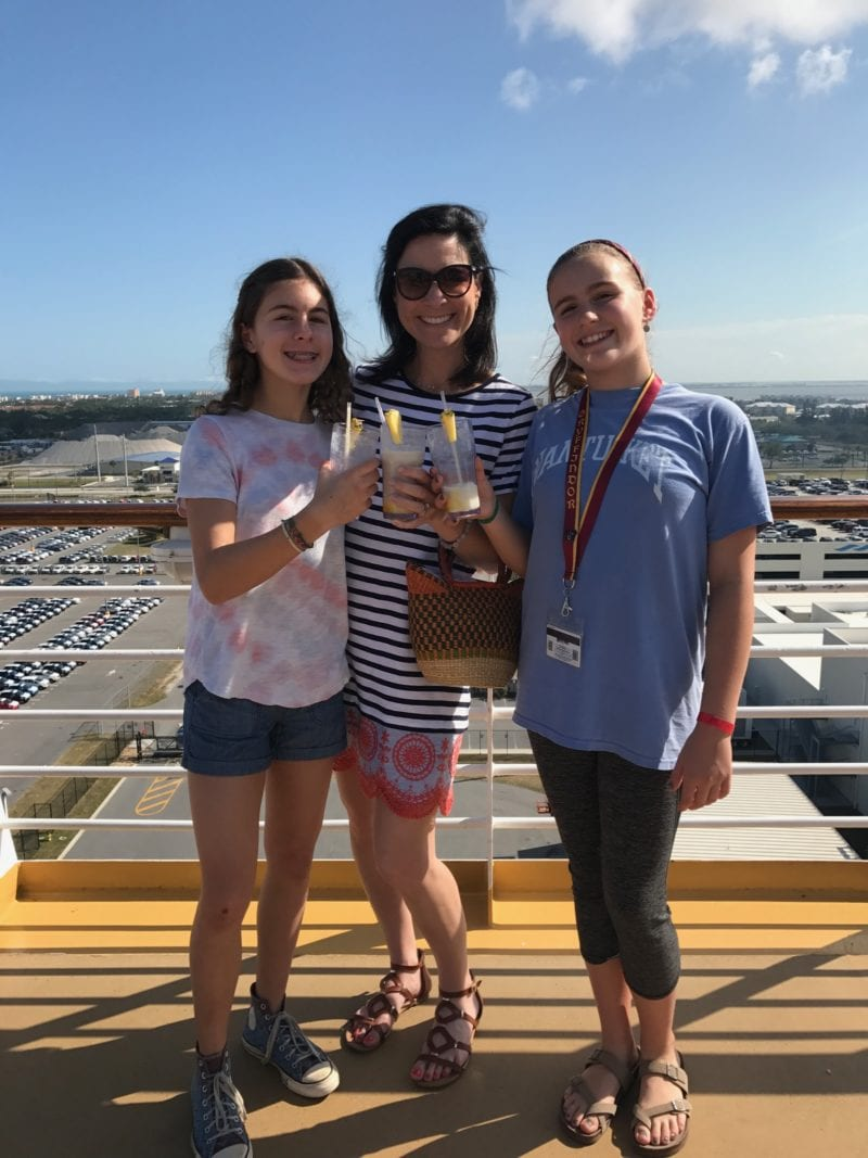 How to eat healthy on a cruise - photo of Lisa and daughters