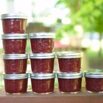 Honey-Sweetened Strawberry Jam (with pectin)