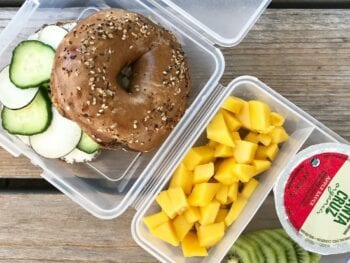 school lunch bagel