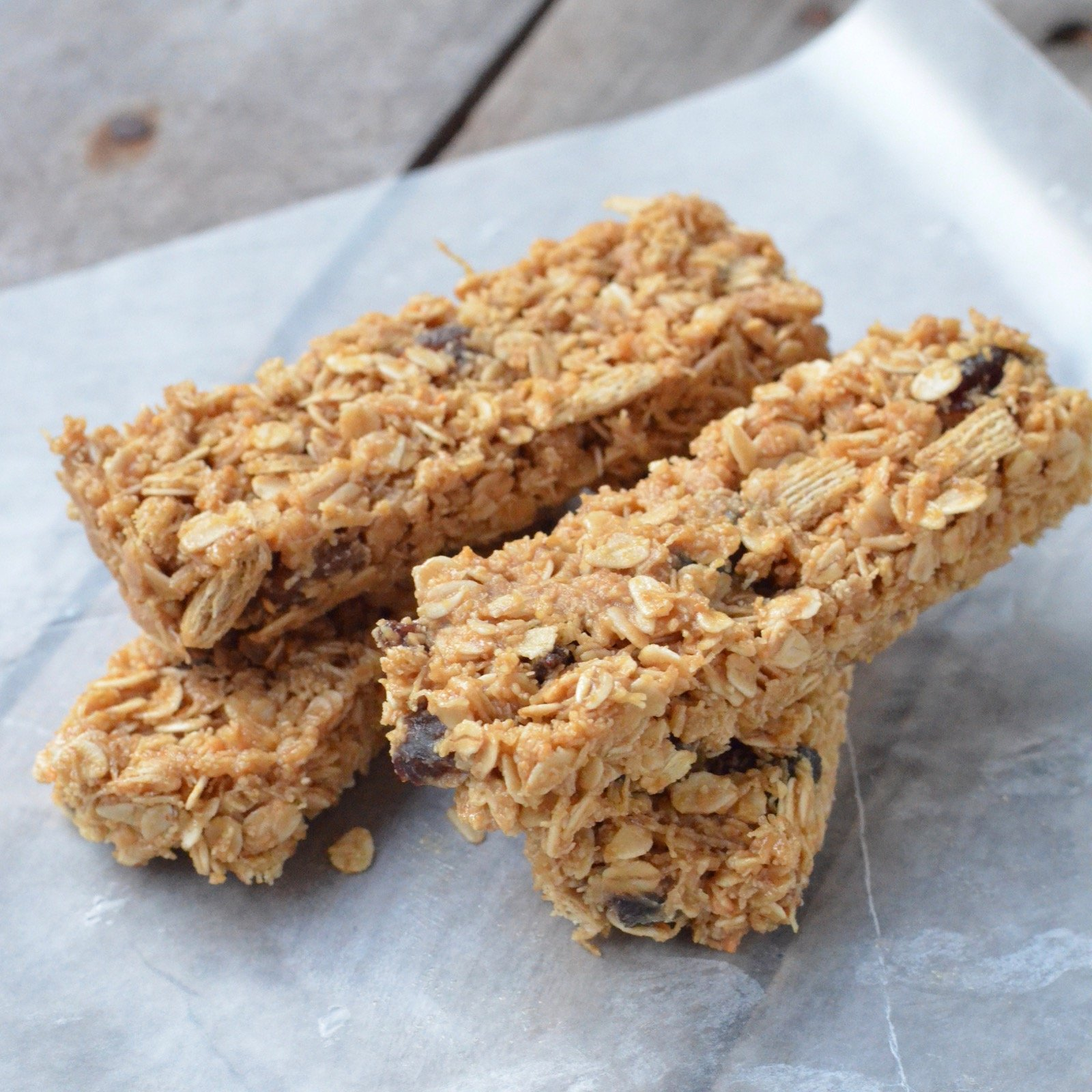 6-Ingredient Snack Bars on 100 Days of Real Food