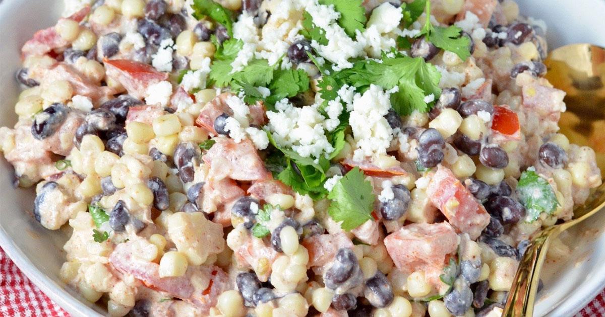 Salada mexicana de milho de rua